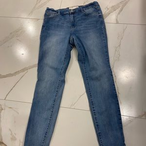 Garage High Rise Skinny Jeans | Size 11 👖